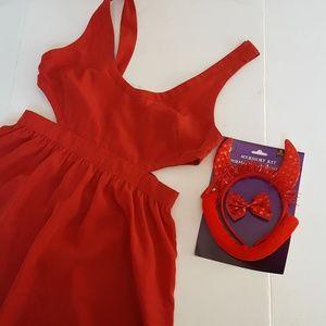 Sexy devil costume 4 piece set bundle Halloween